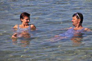 Czy warto nauczyć się pływać?